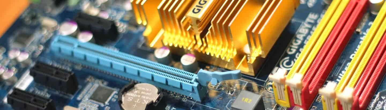 Bild von Computer Hardware (Motherboard) als Basis für IT und Software